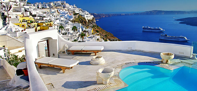 Resort-Santorini