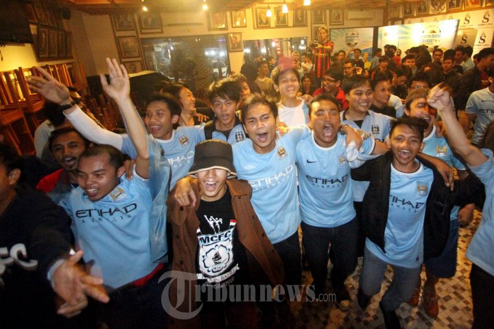 20140327_110809_nonton-bareng-manchester-city-supporter-club-indonesia